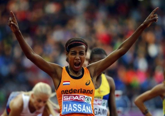 Sifan Hassan heeft goud veroverd op het EK atletiek in Zürich op vrijdag 15 aug 2014. Ze won na een sterke eindsprint de 1500 meter. Hassan klokte een winnende tijd van 4.04,18 minuten. Abeba Aregawi (4.05,08) uit Zweden werd tweede. De Britse Laura Weightman pakte het brons: 4.06,32. Hassan maakte haar favorietenrol waar. Ze won dit seizoen twee Diamond League-wedstrijden en was de snelste vrouw van het veld.