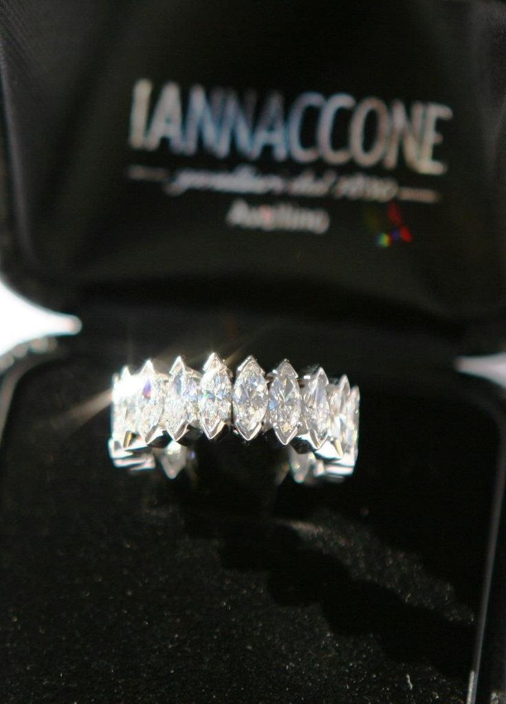 Anello vera di diamanti taglio marquise colore D , Iannaccone gioielli Avellino Italia, #ring #diamond #diamonds #marquise #diamanti #italia #italy #madeinitaly #welldone #handmade #dream
