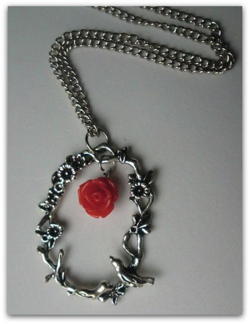 The birds and the red rose - necklace handmade by Miss Daisy