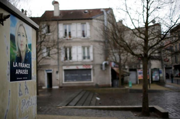 #world #news  Paris commuter train tracks France's political divide