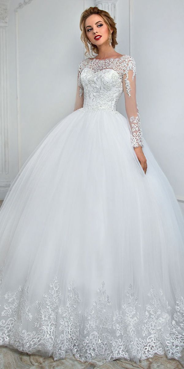 Magbridal Elegant Tulle Bateau Neckline Ball Robe Marriage ceremony Costume With Lace Appliques & Beading