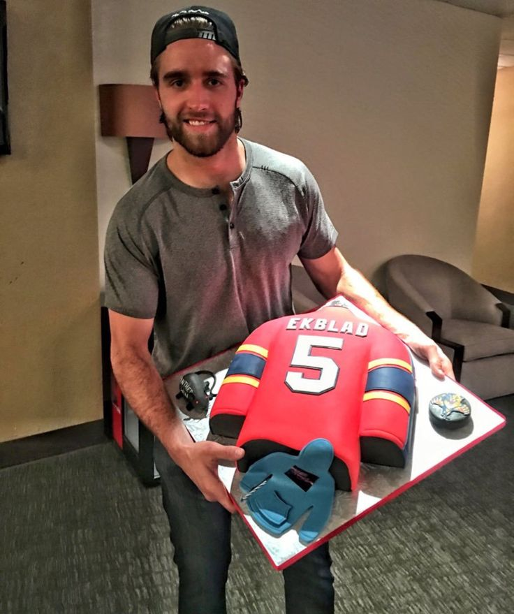 Happy 20th birthday to Aaron Ekblad!