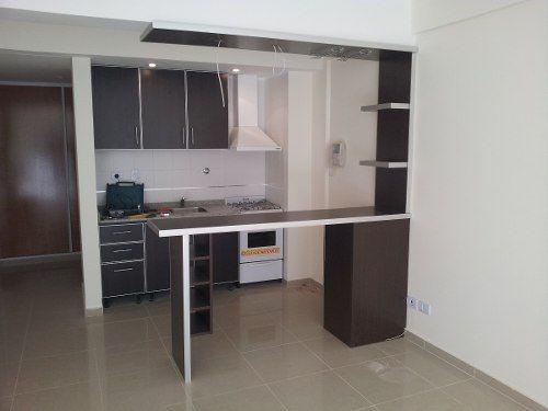 Desayunadores Barras Cajones, Copero, Y Estantes - $ 6.588,00