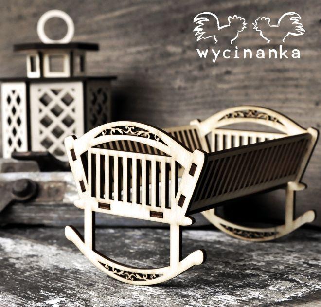 wooden cradle/ drewniana kołyska