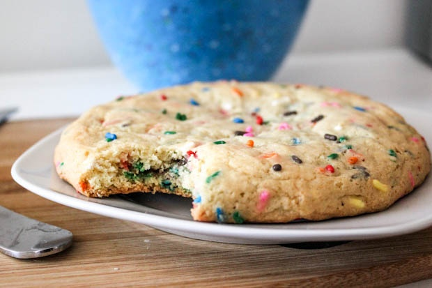"... /05/Giant-Funfetti-Sugar-Cookie-25.jpg Can you say ""Gimme Cookie"