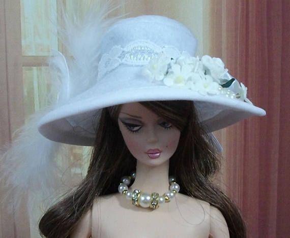 Chapeau Barbie, N99, capeline Barbie, chapeau plume, chapeau , Fashion Royalty, Silkstone, casquette barbie,bonnet barbie,