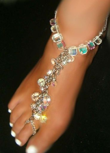 Over the Top in Class swarovski Austrian Crystal Barefoot Anklet | I really want…