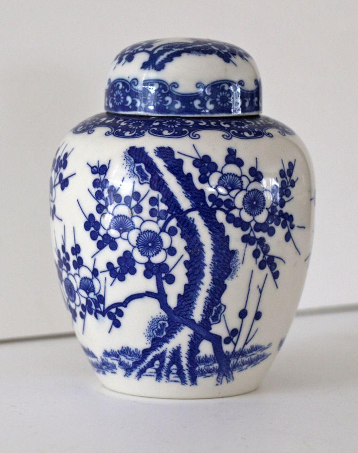 Blue Ginger Jar Part - 25: Vintage Blue And White Ginger Jar