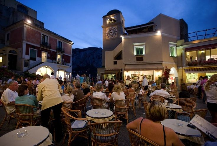 "The ""piazzetta"" in Capri is so fascinating...."