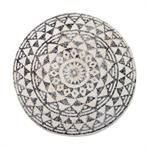 Round bath mat made of cotton. The bottom of the mat has a non-slip layer.Do not use washing detergents with bleaching contents in it.Per 2 pieces.