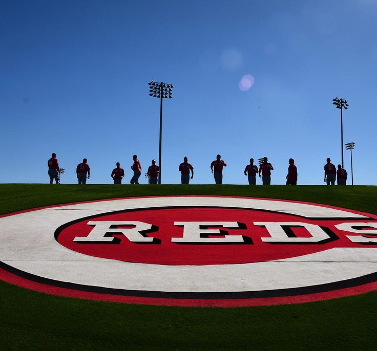Think Spring! ☀️⚾️🌵 Reds Spring Training tickets are now on sale! Find our schedule, travel packages, promos & tickets here: reds.com/Spring
