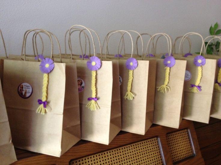 bolsitas de cumpleaños de rapunzel