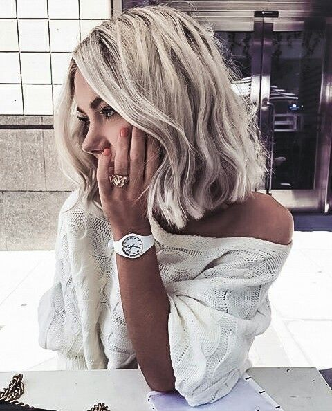 Der Blog für Frisuren und Schönheitspflege widmet sich der Schönheit, den Frisuren und dem Make-up.