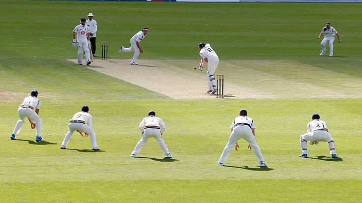 Yorkshire's slips wait for an edge, Yorkshire v Sussex, County Championship, Division One, North Marine Road, 1st day, August 15, 2014