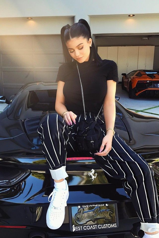 Kylie Jenner - Father s Day 0a8a3f3931b