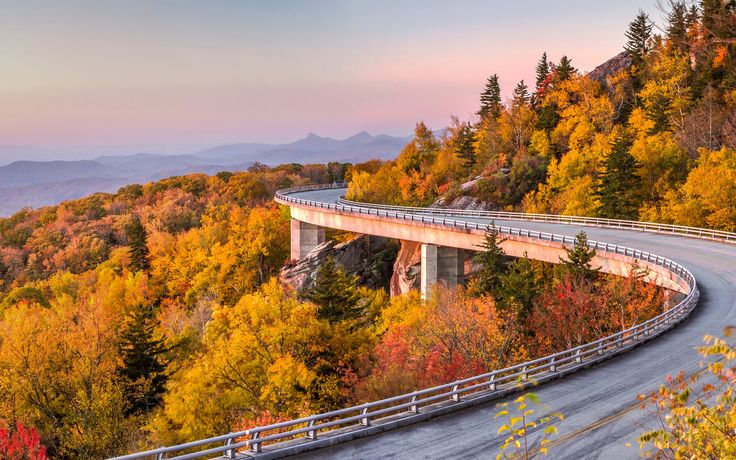 America's Most Iconic Drives | Classic Americana combined with great scenic drives make for can't-miss road trips across the country.