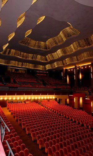 Pallas Theatre - Athens, Greece. | ■⁅ຮt⁅vᾀṈ