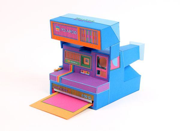 Polaroid Paper toy, ah ah ah