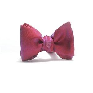 Nœud papillon Rouge à reflets violets  available at http://le-petit-noeud.com