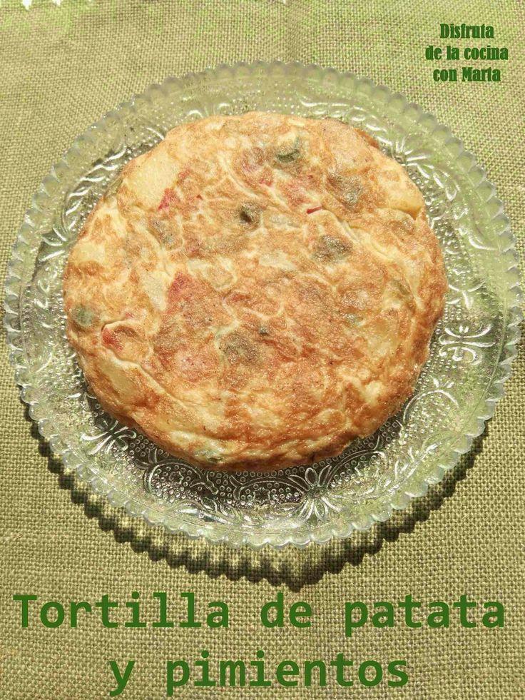http://disfrutadelacocinaconmarta.blogspot.com.es/2014/07/mini-tortilla-de-patatas-con-pimientos.html