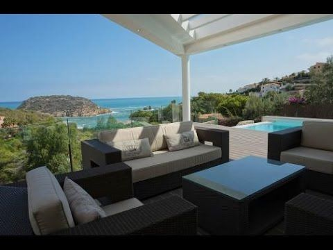 The Luxurious Villa With Amazing Sea Views