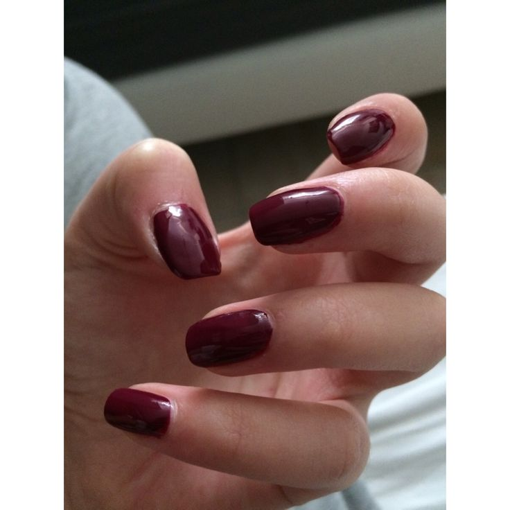 Bordeaux nails always