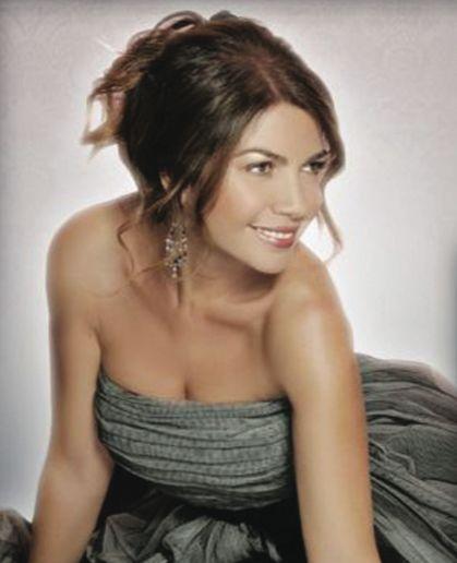 Cristina D'Avena, cantante.