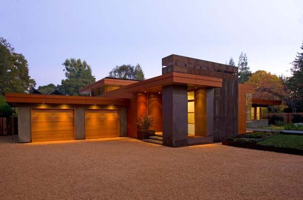 The Wheeler Residence, Menlo Park, California. Designed by William Duff Architects. Very FLW