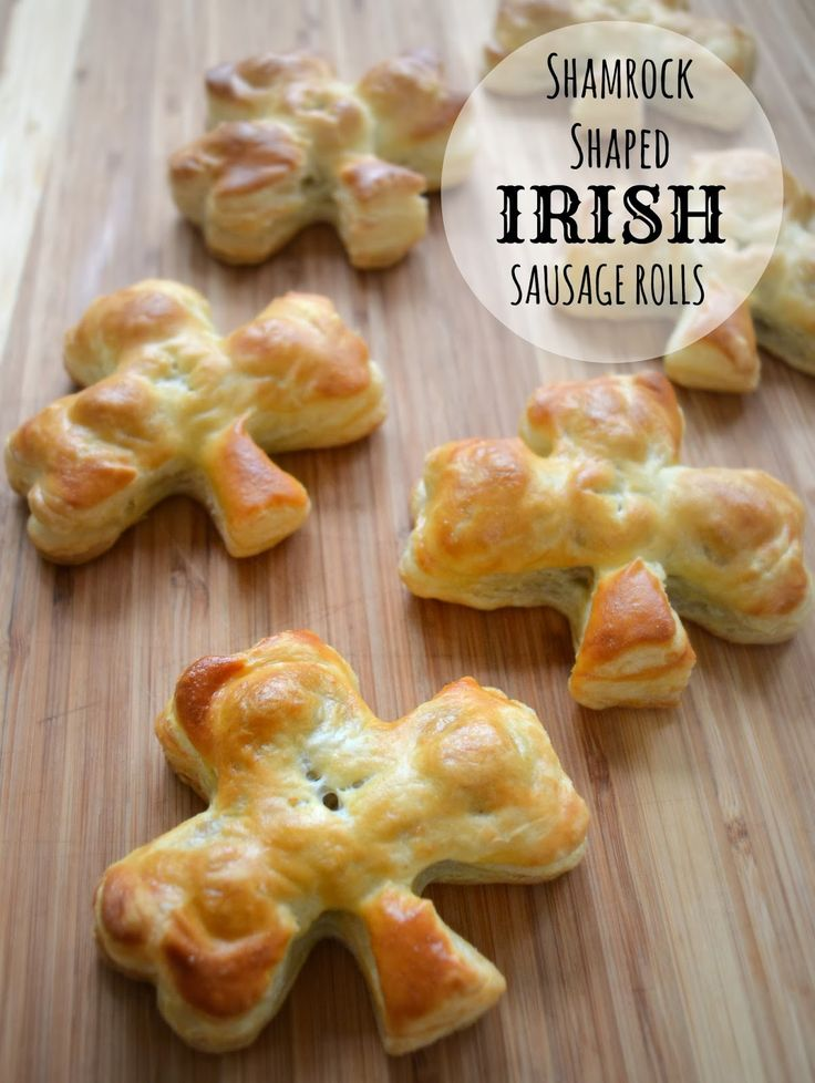 St. Patrick's Day Recipe: Shamrock Style Irish Sausage Rolls  -- perfect for your #StPatricksDayParty and so delicious!