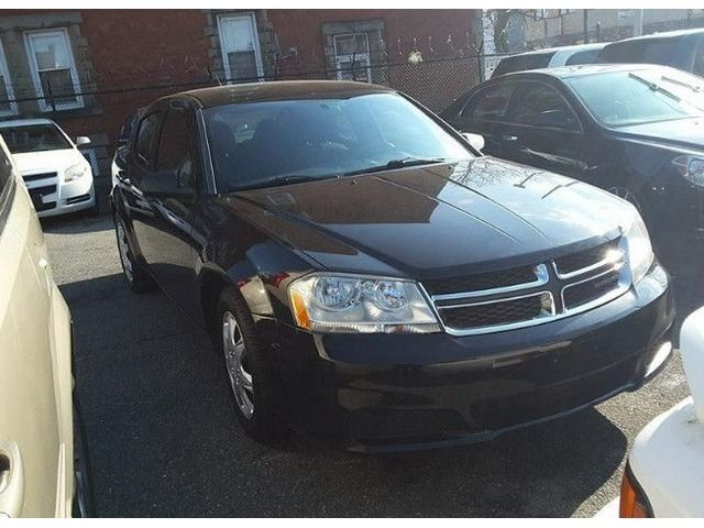 2011 Dodge Avenger#6901, 4cyl, Sedan, $1450 down and $69.66 weekly payment