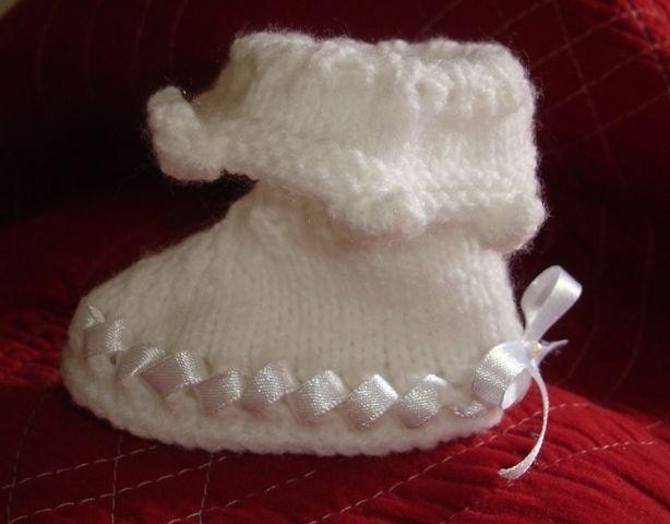 petits chaussons pour baptême