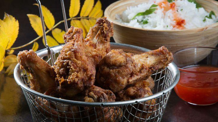 Friterte kyllingklubber - Slå i bordet med disse velkrydrede, sprø kyllingklubbene.