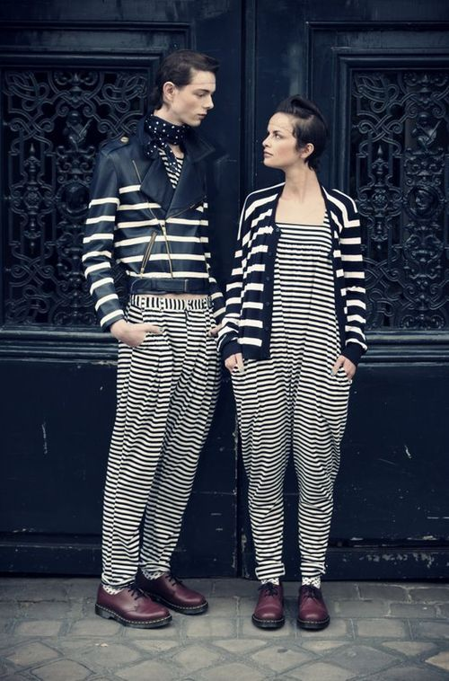 old school 90's quirky punky look, black & white stripes