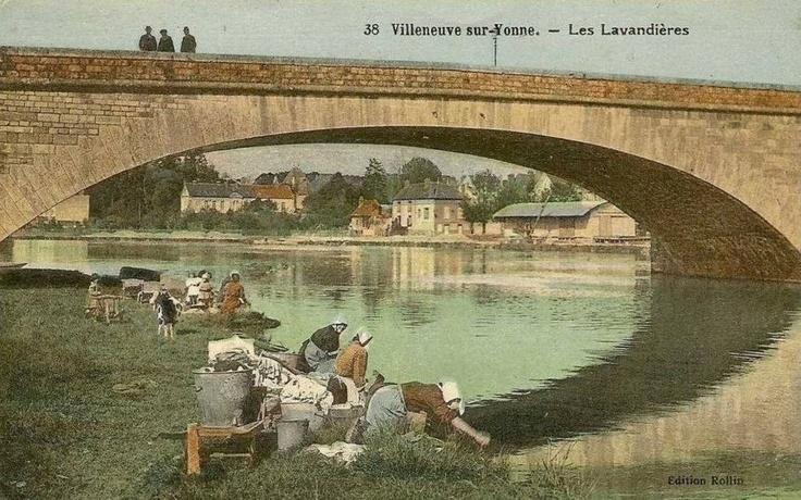 Villeneuve sur Yonne #Yonne #Burgundy #bourgogne #France