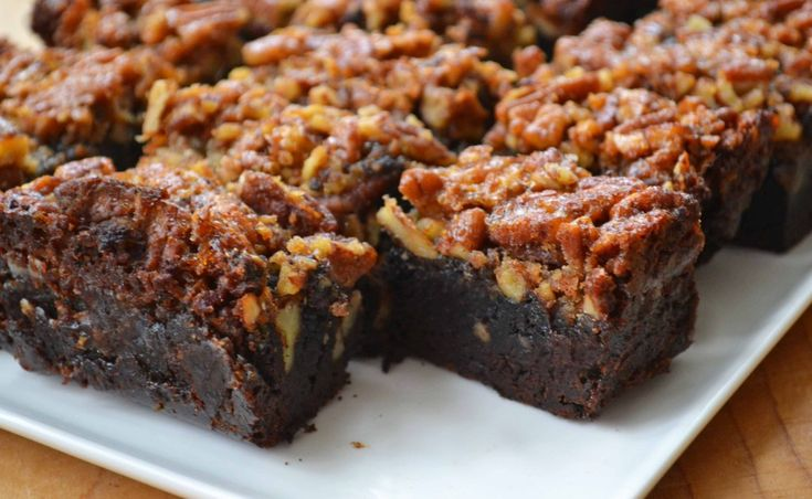 Pecan pie brownies. Layered desserts seems to be the new 'in' thing. I like this trend.