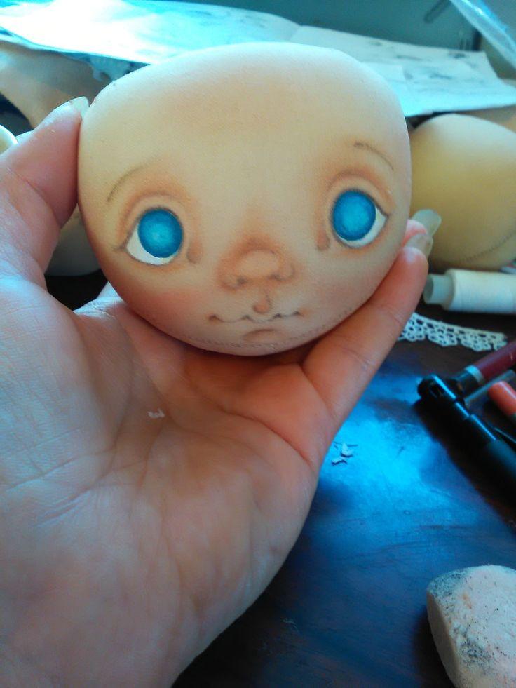 У меня часто спрашивают, как я расписываю личики своим куклам и есть ли у меня…
