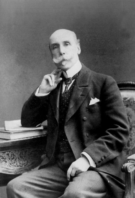 Alberto Blest Gana (Santiago, 16 de junio1 o 4 de mayo2 de 1830 - París, 9 de noviembre de 1920) fue un novelista y diplomático chileno, considerado el padre de la novela chilena.