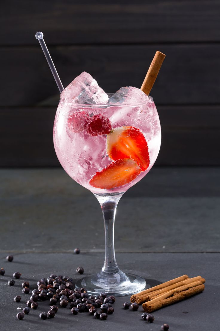 Cómo Preparar La Ginebra De Fresas Perfecta | Supermercados MAS Blog