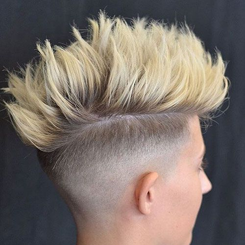 With so many cool new men's haircuts to choose from in 2017, you may be having trouble picking the best cuts and styles to get at the barbershop. Fortunately, the barbers and stylists featured absolutely crushed it with these popular hairstyles. Although fades, undercuts, quiffs, slick backs and fohawks aren't unique by themselves, all the …