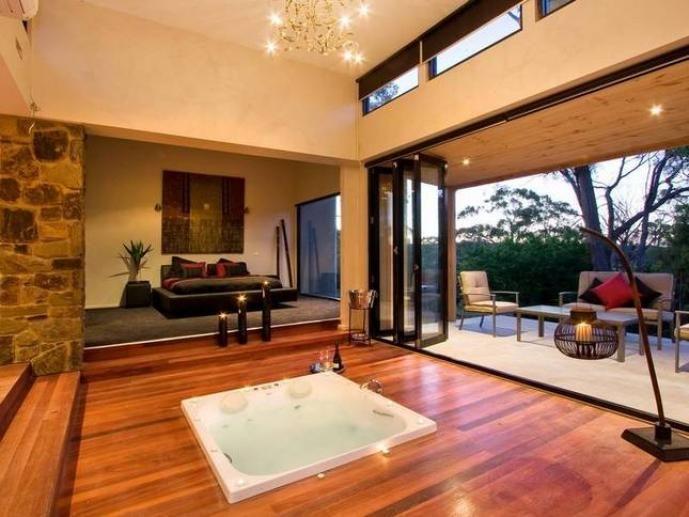 Kudos Villas and Retreats, Hepburn Springs, Spa Country, Victoria, Australia   LoveBirds: Romantic Getaways and Honeymoons for Two