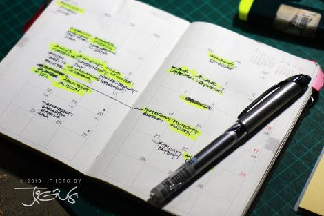 Spread pages shows is a monthly view calendar