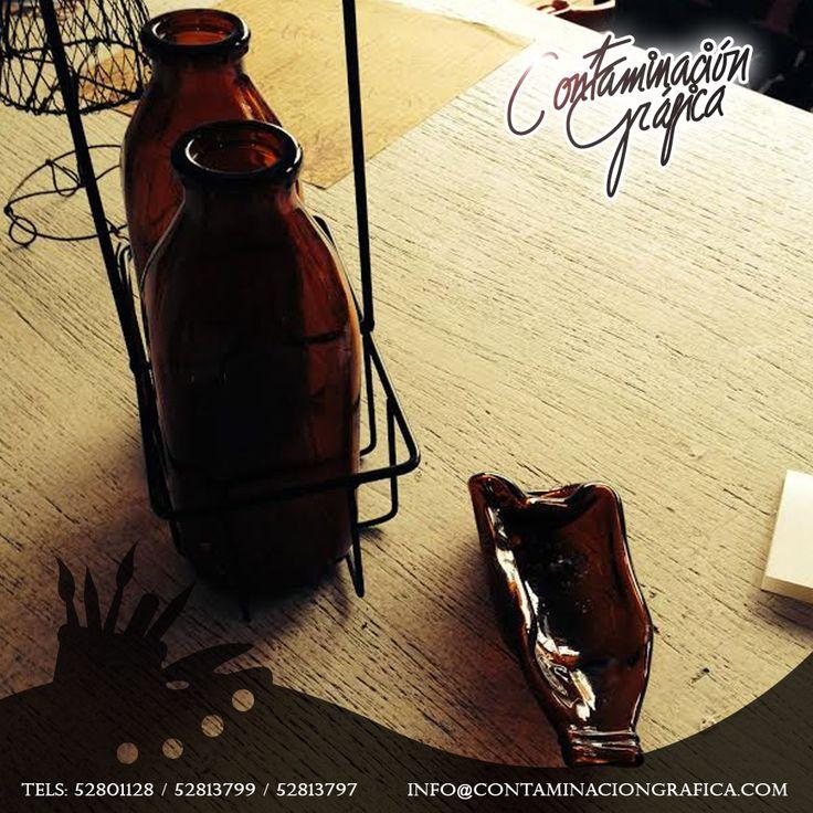 La materia no se crea ni se destruye, solo se transforma en ideas nuevas: como este cenicero a partir de botellas de leche.
