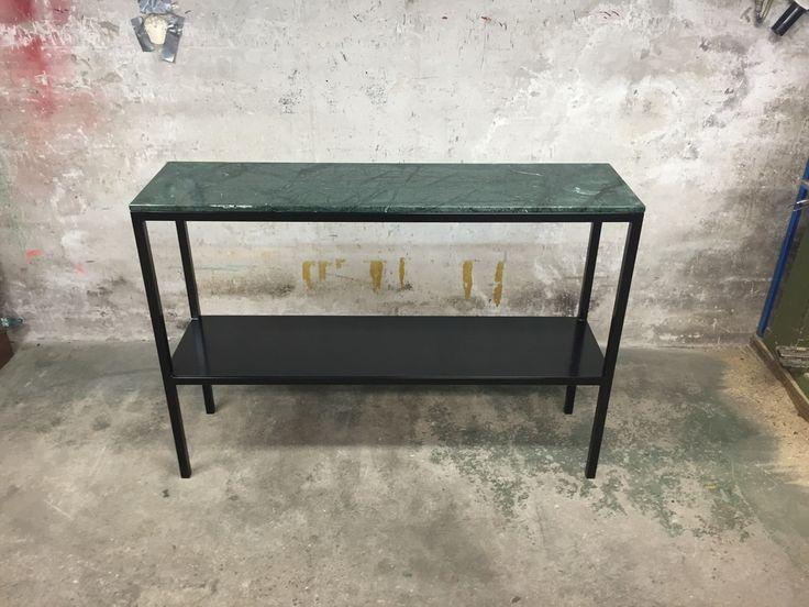 Special designat marmorbord i grön marmor efter kundens önskemål. Hör av er så kan jag göra i vilka mått ni vill :-)
