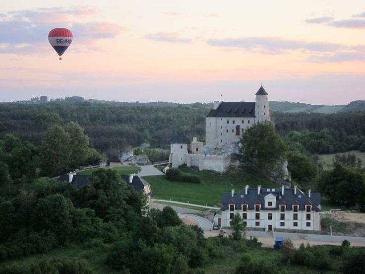 #Zamek Bobolice z balonem w tle / Bobolice #Castle with the #baloon