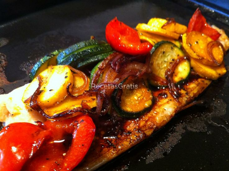 Receta de Trucha al horno con guarnici�n de vegetales
