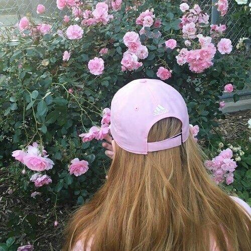Imagem de pink, flowers, and fashion