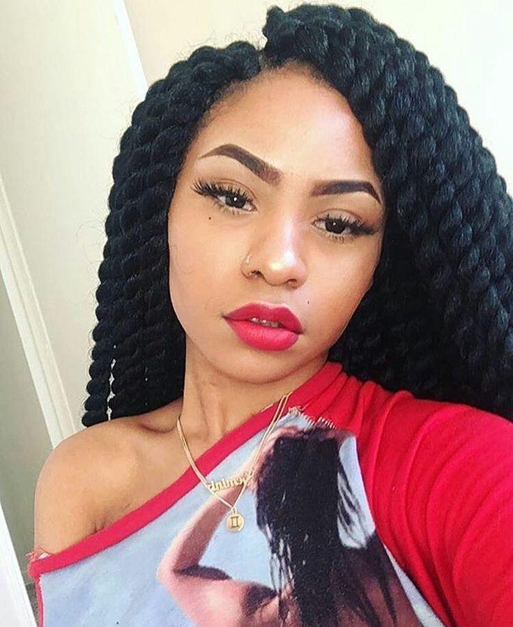 Vanilles avec rajouts sur cheveux afro crépus naturels