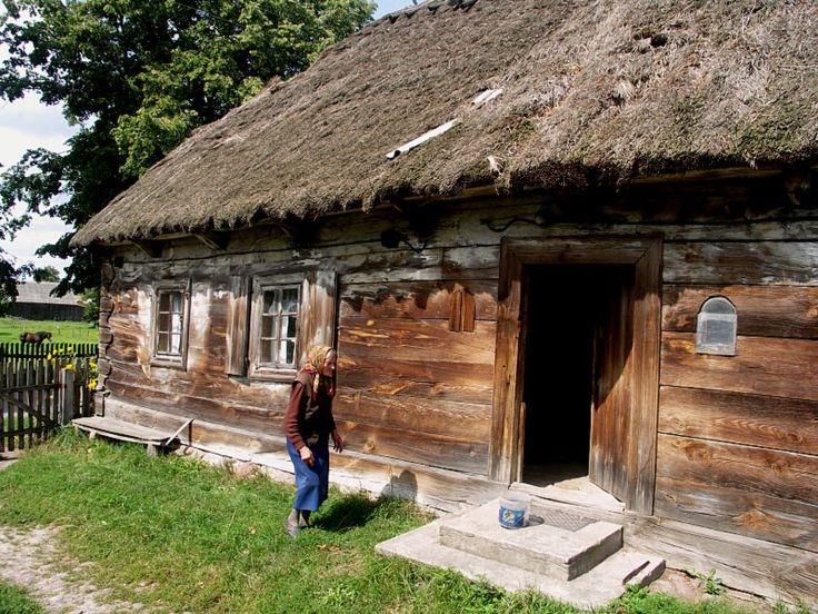 Old Polish house in the countryside, Podlaskie, eastern Poland.