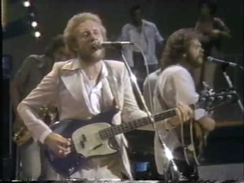 SCHOOL BOY CRUSH / AVERAGE WHITE BAND***   A little  AWB  old school this morning ... Its really old school  they are working out on the Bump dance(sniggle...) ***