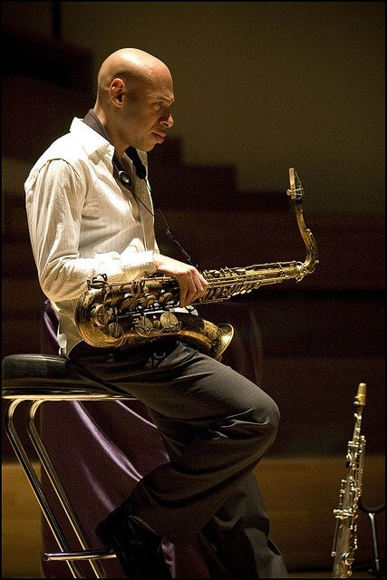 Joshua Redman is a stunning jazz saxophonist. Many people know that he is the son of noted sax player Dewey Redman. However, it's less well known that his mother is Jewish.